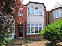 A beautiful 2 bedroom flat for Rent in North London / Finchley Central for £346 per week