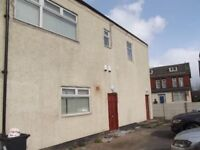 Spacious 2 bed flat in a good location!