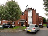 AMAZING LARGE 1 Bedroom Flat in Northolt - close to A40/M40 to Central London and Northolt Station