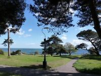 VERY SPACIOUS UNFURNISHED GROUND FLOOR STUDIO FLAT SITUATED ON THE WEST CLIFF
