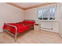***MODERN AND NICE 3 BEDROOMS FLAT AVAILABLE NOW IN TOTTENHAM HALE!