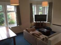 3 bedroom flat in A Commercial Road, Parkstone, Poole, Dorset, BH14