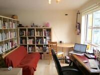Studio flat in Transom Close, G, London, London, SE16
