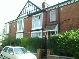 *1ST MONTHS RENT 1/2 PRICE * 1 BEDROOM FLAT - HARTINGTON ROAD, BOLTON