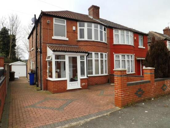 7 Bed house NO FEES, Sep 2015, 2 bathrooms.Good public transport to City/Uni Gas/C/Heating