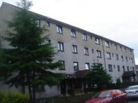 Lovely 2nd Floor 3 Bed Flat to Rent Clydebank , 14 Field Road