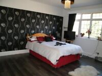 BEST STUDENT house. 3 large bedrooms only 72 pounds. Fully furnished. Near University. Clean & Tidy