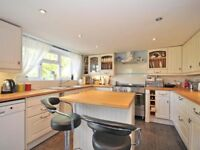 5 Bedroom Detached House to rent New Hythe Lane-NO FEES