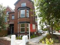 2 bedroom flat in Corkland Road, Chorlton-cum-Hardy, Manchester, M21