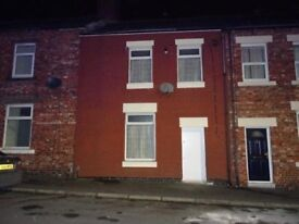 2 bedroom terraced property to let