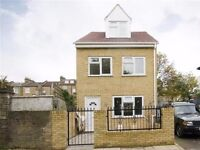 A LUXURY 3 BED DETACHED HOUSE WITH EN SUIT TO LET