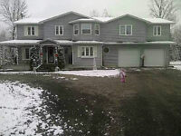 Gorgeous 4+ br, 3000 sqft country home, 25 min from Kanata
