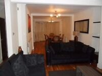 Semi Detached House 4 bedroom thru lounge, dining area, 2 toilets, lrg kitchen ,Off street Parking