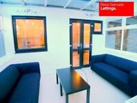 4 DOUBLE BEDROOMS 3 BATHROOM TOWNHOUSE IN CANARY WHARF/ISLE OF DOGS E14 OFFERED FURNISHED