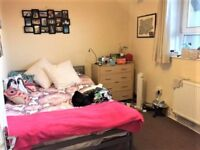 SW8 SPACIOUS THREE DOUBLE BEDROOM FLAT WITH SEPARATE LOUNGE AVAIL SOON NEAR OVAL TUBE ONLY £475PW