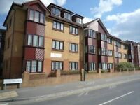 SPACIOUS UNFUNRISHED 1 BEDROOM FIRST FLOOR FLAT SITUATED IN SPRINGBOURNE WITH OFF ROAD PARKING SPACE