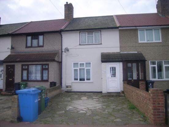 2 bedroom house in Armstead Walk, Dagenham