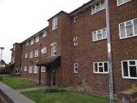 ONE BEDROOM FLAT CLOSE TO OCKENDON STATION, LAKESIDE SHOPPING CENTRE, IN VERY GOOD CONDITION