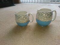 Pair of Vintage 1940s Gradulated Sadler Milk/Cream Jugs