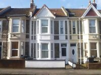 Fantastic double bedroom in lovely apartment, ALL BILLS INCLUDED!!!!