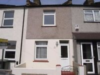 Comfortable, clean 3-bed family home. 10 minutes walk Dartford station, town centre shops.