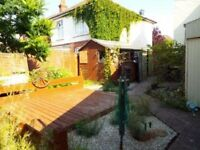 MODERN UNFURNISHED 1 BEDROOM GROUND FLOOR GARDEN FLAT SITUATED IN SPRINGBOURNE