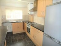 2 bedroom house in Range Road, Stockport