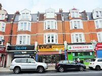 ***Modern 3 bedroom flat perfect for SHARERS minutes from Manor House/Turnpike Lane and Haringay!**