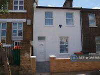 3 bedroom house in Manbey Park Road, London, E15 (3 bed)