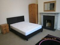 1 Large Student Bedroom To Rent, Double Bed, Cheap, Bill's Included