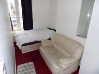 SB Lets are delighted to offer a well presented flat right in the heart of Hove along Western Road