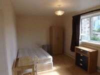 AVAILABLE NOW, lovely double room in clean flatshare, 10min walk from Oxford circus