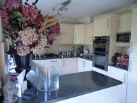 2 bedroom house in New Road, Hextable, Swanley, Kent, BR8