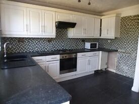 Lovely spacious 3 bed family home in Dudley