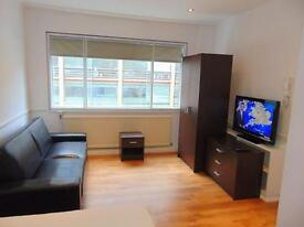 1 bedroom flat in Palace Street, Victoria, London, SW1E