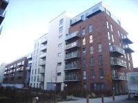 Barking IG11/RM8. Luxury 2 Bed 2 Bath Fully Furnished Apartment in a New Development with Balcony