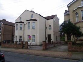 2 bedroom flat on Egerton Street