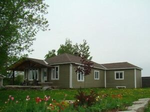 OPEN HOUSE SUNDAY - Campbell's Bay, QC