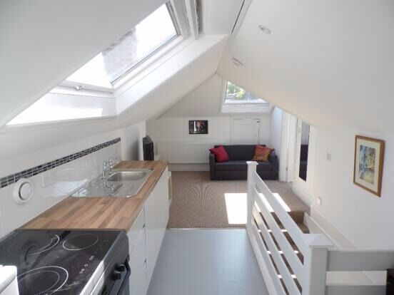 SB Lets are delighted to offer a first floor studio flat will all bills included in central Brighton