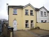 Incredibly spacious 3 double bedroom ground floor apartment located close to town centre