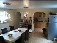 5 bedroom house in High Street, London Colney, St. Albans, Hertfordshire, AL2