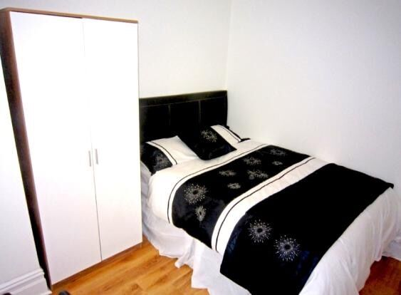 1 Bed room, ALL BILLS included, Cawdor Rd, Fallowfield Wilmslow Rd, refurbished, close to amenities