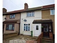 Private Landlord / 2 double bedrooms / Garden / Off Street parking / Dagenham RM10 9PB