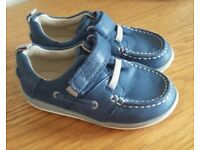 Boys shoes in excellent condition.