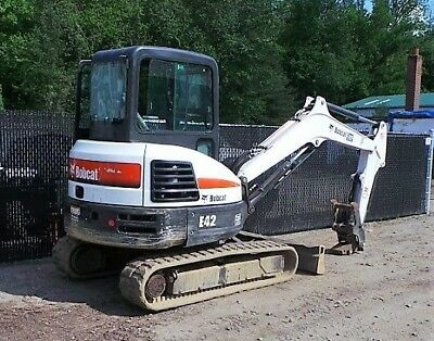Bobcat E42 Enclosed Hvac Work Ready Bucket