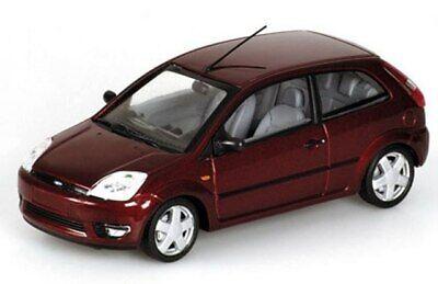 Minichamps Diecast Cars (MINICHAMPS Ford Fiesta diecast model road cars. beige & red, 1:43rd)