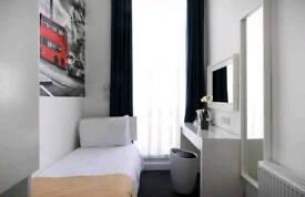 Zone 1 Tower Bridge double Room to rent in Flatshared