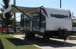 2015 Keystone Springdale 260LE Camping Trailer / Roulotte BELLE!