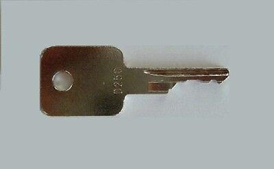 D250 Case-ih Bobcat Ingersol-rand Equipment Ignition Start Key