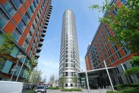 Stunning Studio Apartment Available in Ontario Tower Canary Wharf 300 PW
